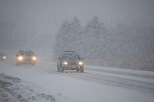 karre in die sneeu