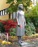Standbeeld van Karin Boye. Gothenburg