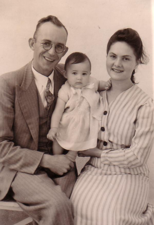 Tussen Pa & Ma. Levubu, 1946