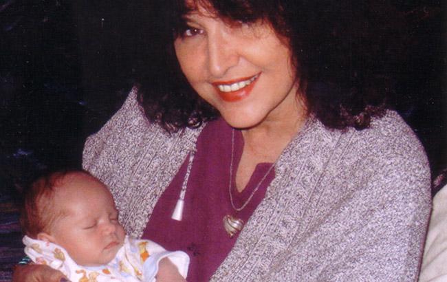 Saam met eerste kleinkind, Xander van Vuuren. Maart, 2008