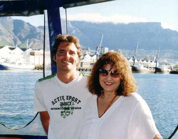 60ste verjaarsdag. Hier saam met Pierre op boot in die Waterfront.