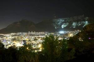 Kaapstad bij nacht