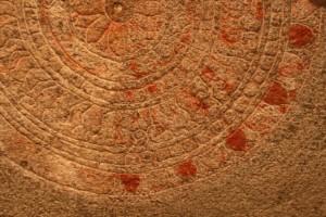 Abir op 'n klipmonument, Mammalipuram, suid-Indië. ©m.o.