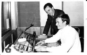 Meyer (voor) saam met Dave Simpson in Ateljee 3A [1967].